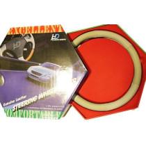 Valódi bőr kormányvédő-lyukacsos mintával bézs színben KV-2042BE